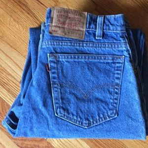 Vintage Levi's 560 loose fit tapered leg jean